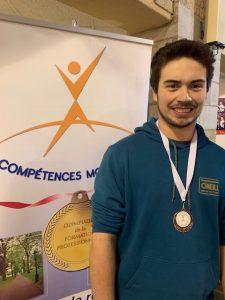 Électricité : Justin Beaubien, médaille de bronze.